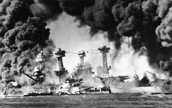 Ataque japonês a Pearl Harbor - A Guerra do Pacífico
