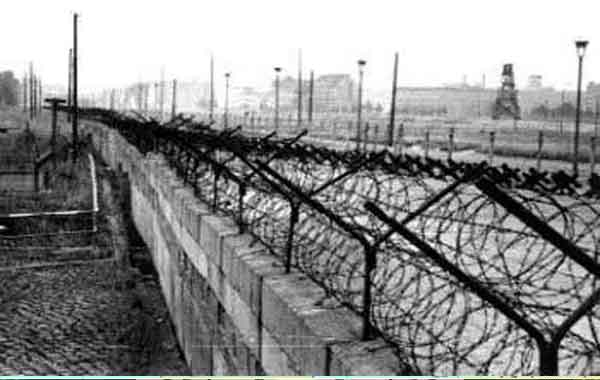 O bloqueio de Berlim durante a Guerra Fria