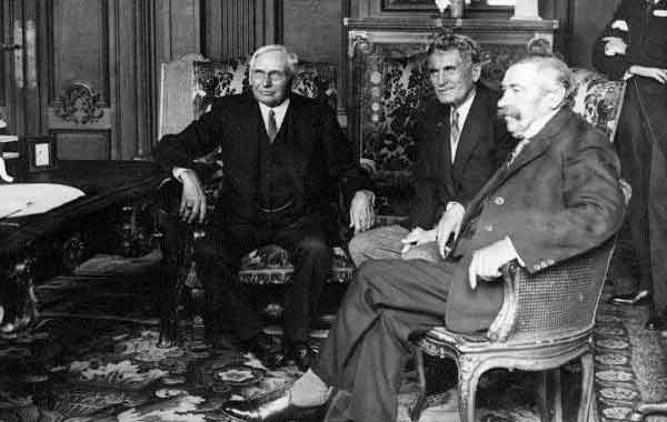 O Pacto Briand-Kellogg - Tratado de Renúncia a Guerra